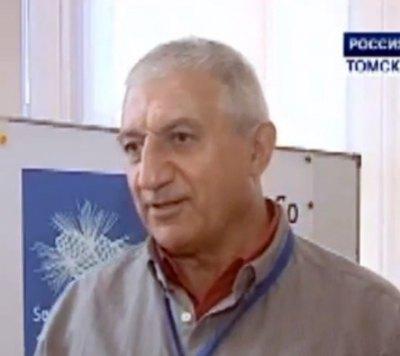 Известный профессор физики Мишик Казарян скончался в медицинском центре «Новомосковский» от коронавируса