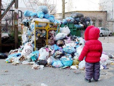 СМИ: Платежи за вывоз мусора увеличились в 2-4 раза