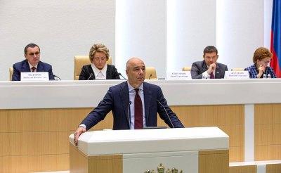 Российская экономика теряет по миллиарду рублей в день из-за коронавируса