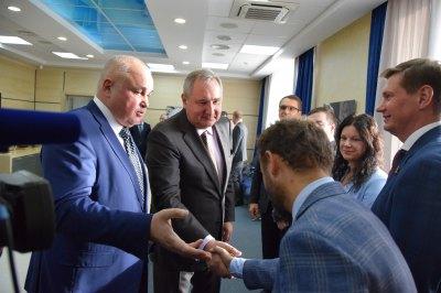 Роскосмос будет производить лифты с голосом Гагарина